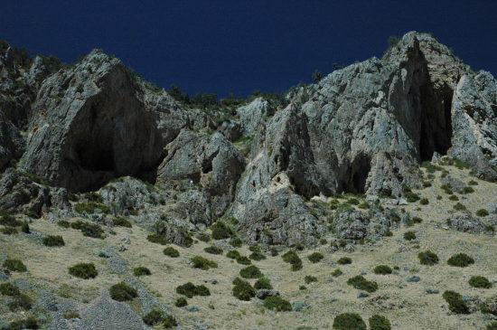 mountainside holes