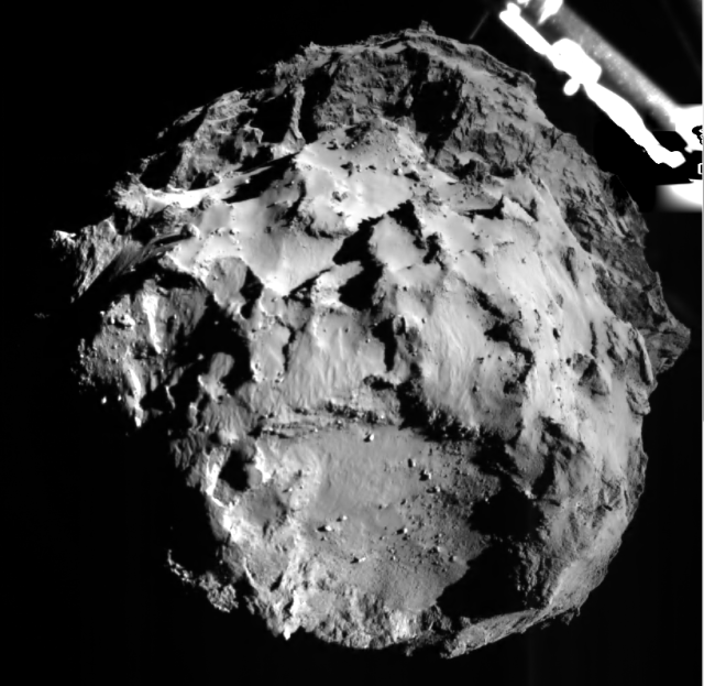 Comet 67P/C-G as seen by Philae during its descent