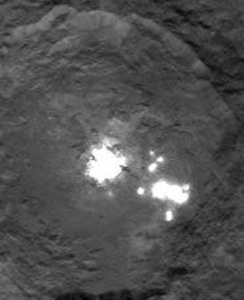 close-up of Ceres's bright spots