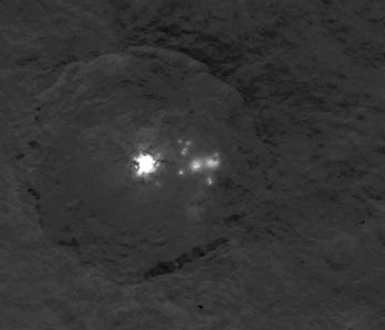 Closer look at Ceres' double bright spot