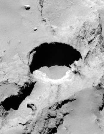 pits on Comet 67P/C-G