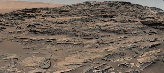 Petrified sand dunes on Mars
