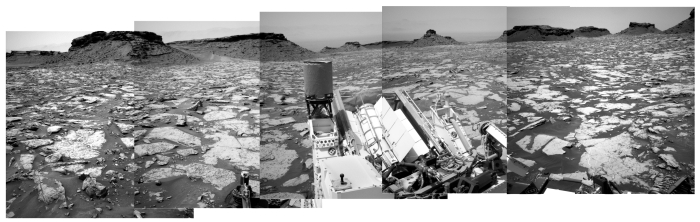 Panorama ahead for Curiosity, Sol 1438