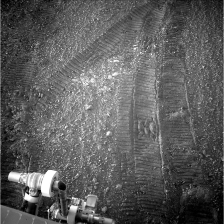 Opportunity's tracks in Perseverance Valley