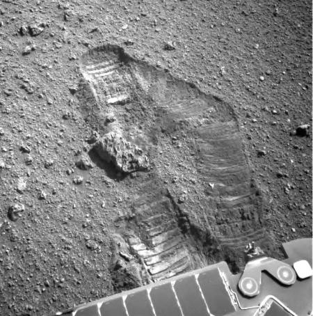 Opportunity wheel slippage, taken on sol 5060