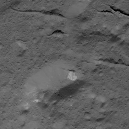 Dome and fractures in Occator Crater