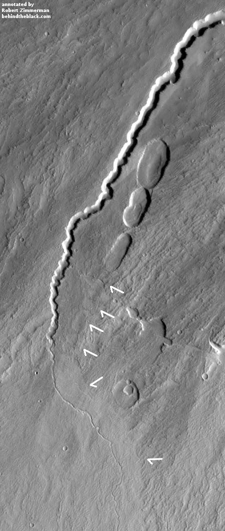 Rills and lava tubes on Pavonis Mons
