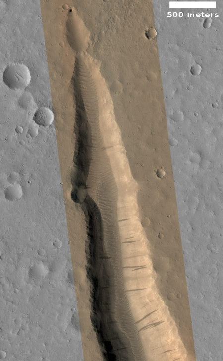 PIt at head of canyon in Kasei Valles