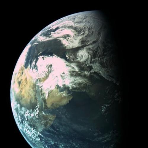 Earth as seen by Beresheet