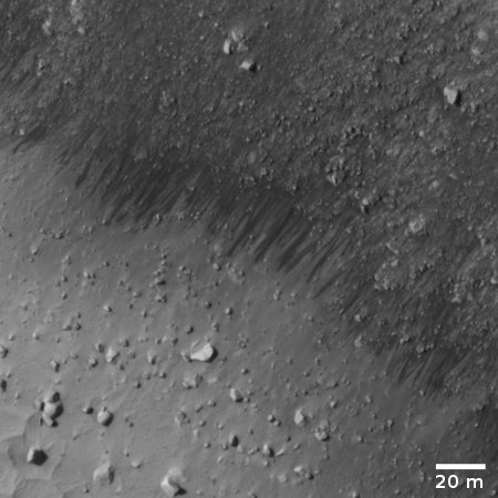 the recurring slope lineae in crack