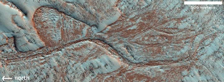 Inexplicable ridges on Mars