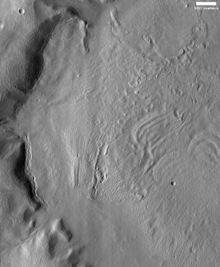 The ice-filled head of Mamers Valles
