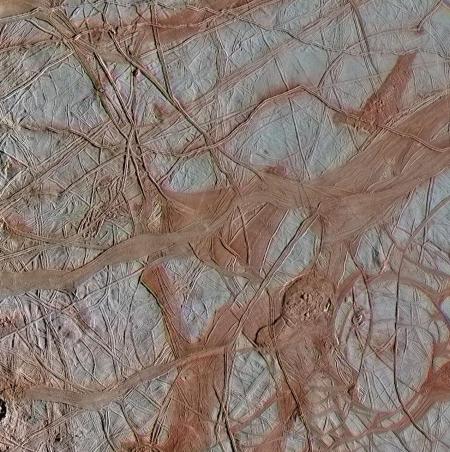 Europa's jumbled icepack