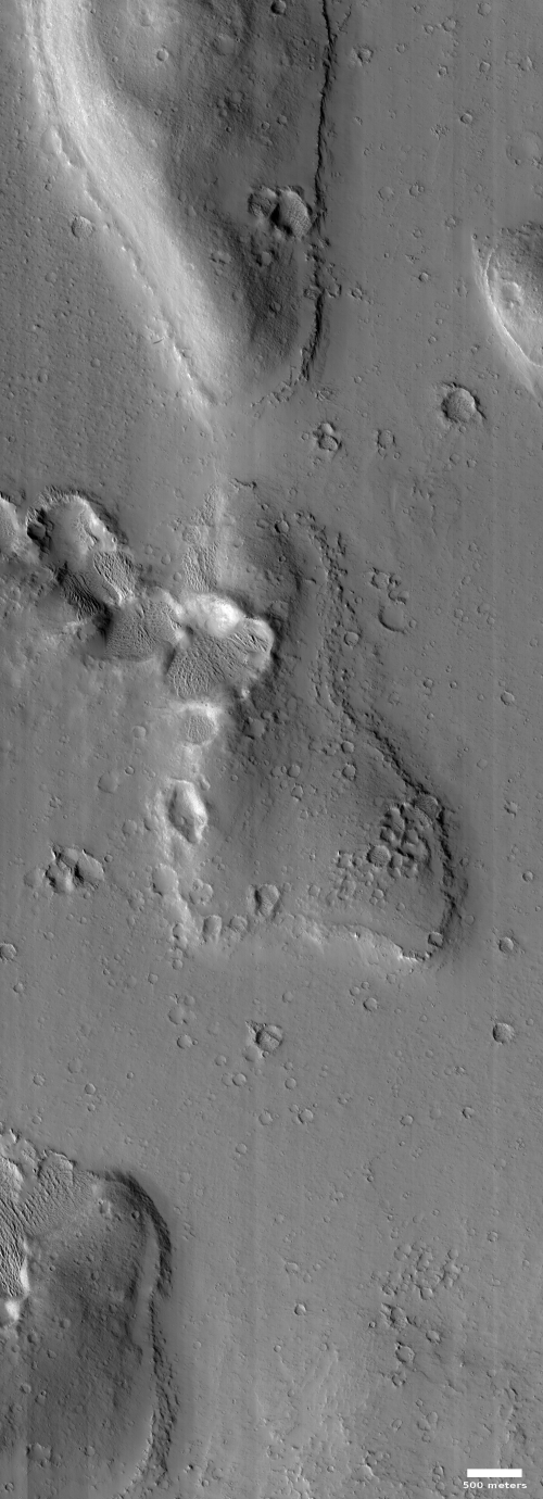 Rim of buried crater on Mars