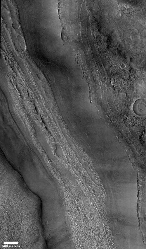 Massive glacier on Mars