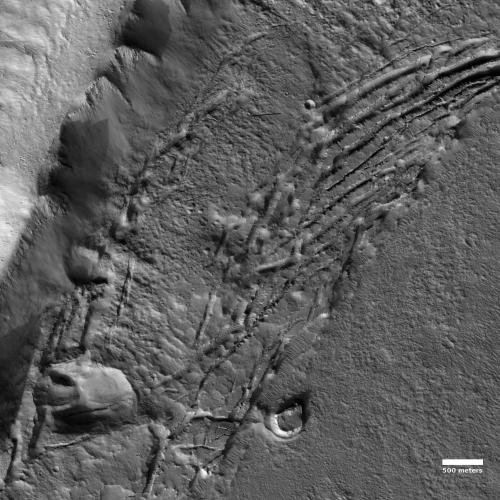 Slumping slopes on Mars