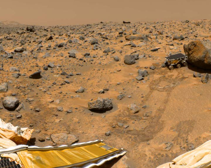Sojourner rover on Mars, as seen from Mars Pathfinder