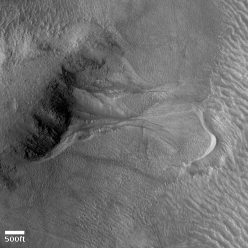 Gully flow near central peak of Lohse Crater on Mars