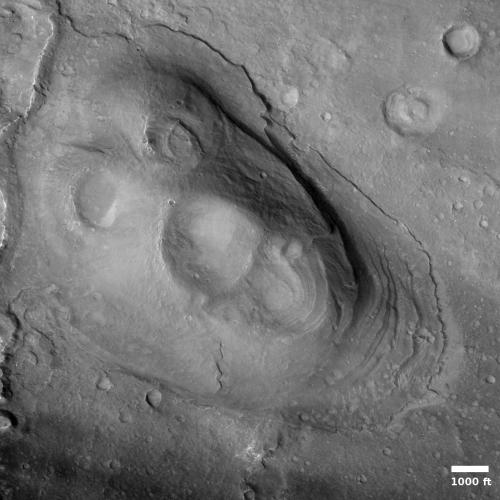 Volcano cone in Valles Marineris