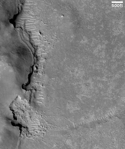 Landslides on the edge of Mars' youngest lava field