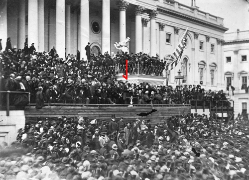 Abraham Lincoln surrounded by crowds at 2nd inauguration