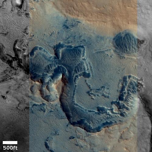 Strange corroding features on Mars