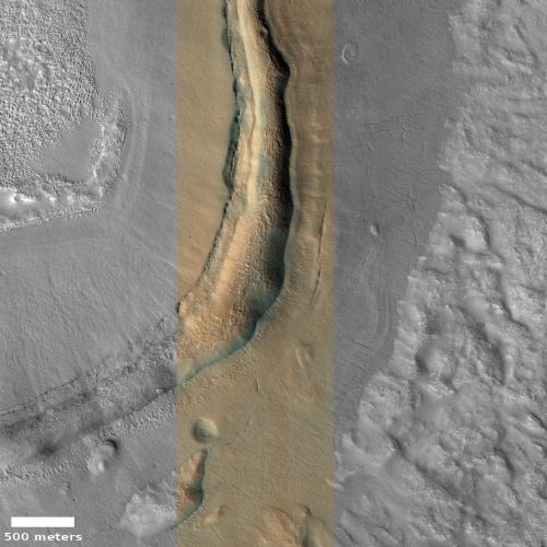 Distorted blobby crater rim in Utopia Planitia