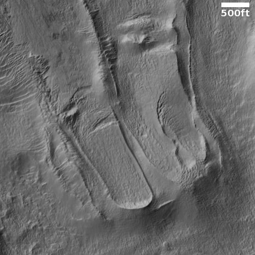 Peculiar flows on Mars