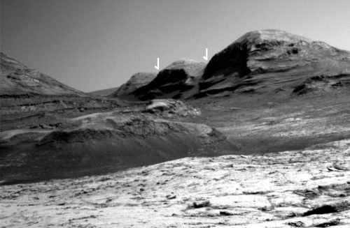 The mountains as seen by Curiosity's right navigation camera