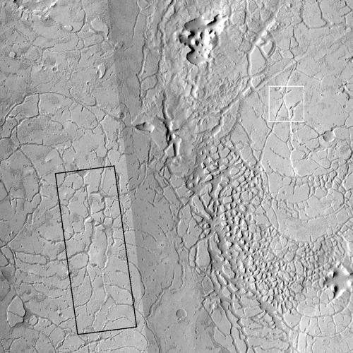 Mosaic of Avernus Cavi fissures
