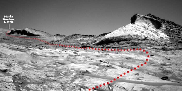 Curiosity's path into the mountains